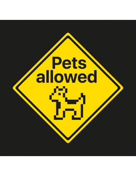 Camiseta Pets Allowed (Dog version)