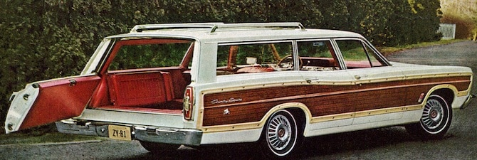 Retro Ford Country Squire